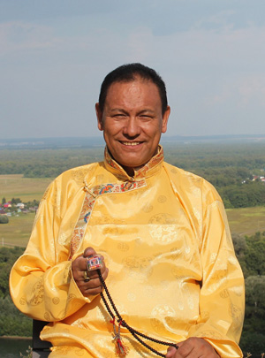 Тензин Тапа - доктор тибетской медицины высшей категории