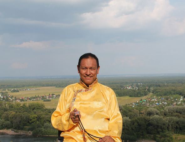"""Доктор тибетской медицины высшей степени квалификации """"Эмчи"""" - Тензин Тапа"""